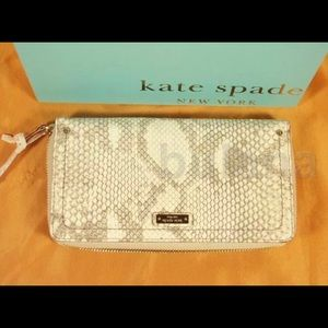 KATE SPADE LA CASITA EMBOSSED LEATHER CLUTCH NWT